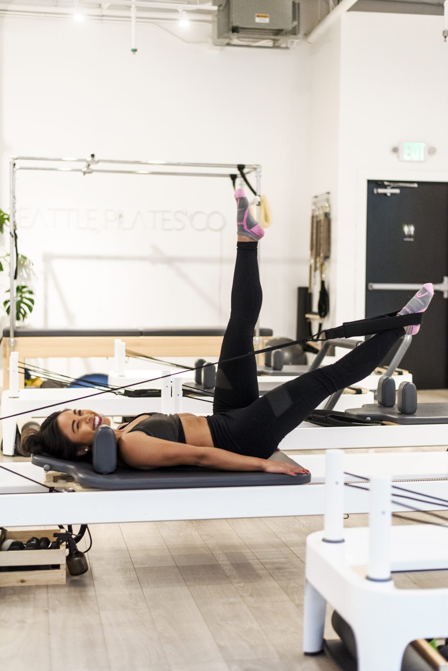 Reformer Pilates - Scissor Kicks - Leg Pilates workouts