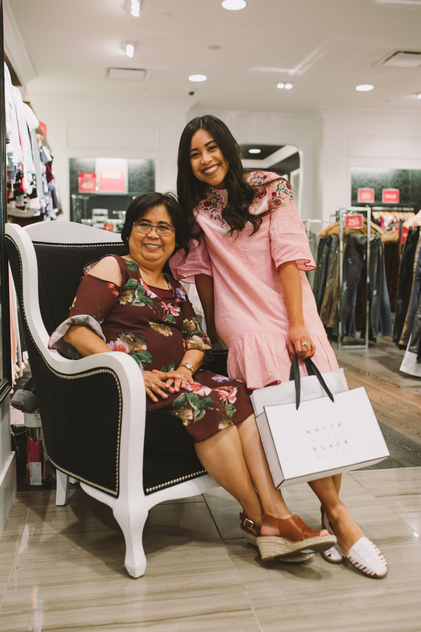 How to celebrate mother's day – mother's day ideas to celebrate – things to do on mother's day ideas – mother day ideas to celebrate – Tacoma mall – Simon Property Group – Simon Malls- Tacoma Shopping Centers- things to do for mother's day 2018 – mother's day activities