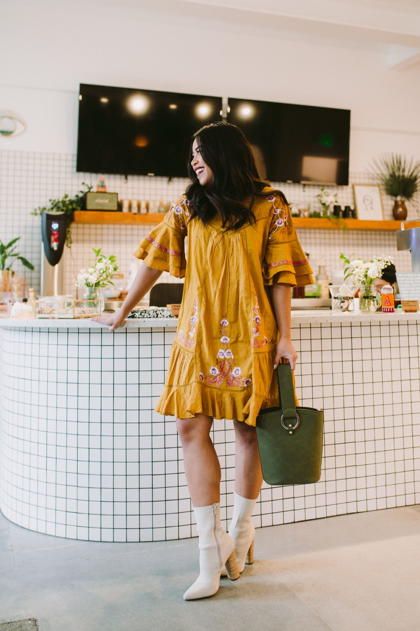 Seattle's Most Instagrammable Dessert Places – Instagram worthy seattle food – dessert Seattle – best desserts in Seattle – Seattle desserts – where to get dessert in seattle – dessert shops you should know about in seattle – seattle food – eat seattle