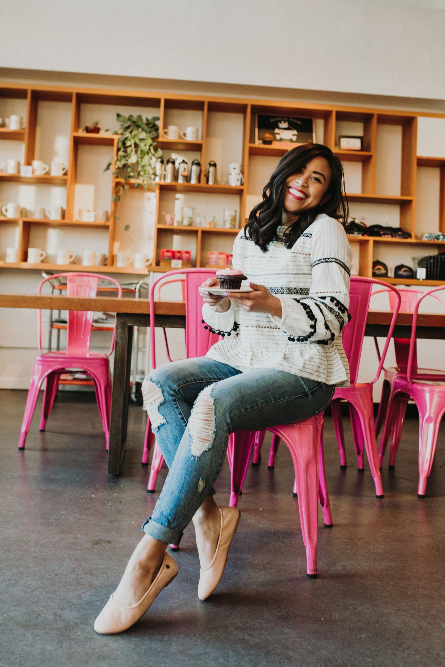 How to find brands to work with as a blogger – find brands to work with – how to work with brands as a blogger – how do bloggers collaborate – blogger collaborations – how to reach out to brands as an influencer