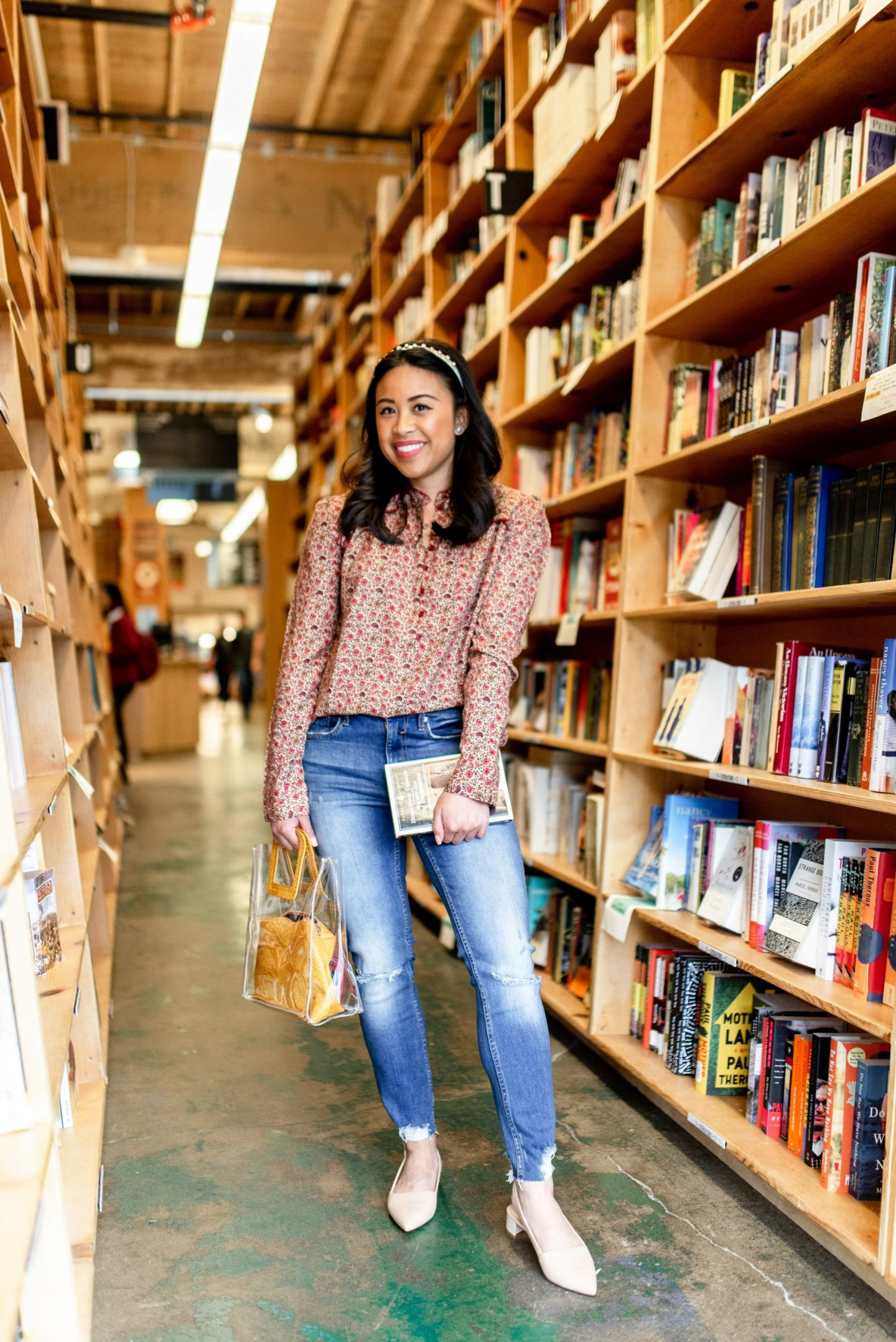 Powells Books - Powells City of Books - – Portland Style – Portland Blogger – Portland Oregon - things to see in portland