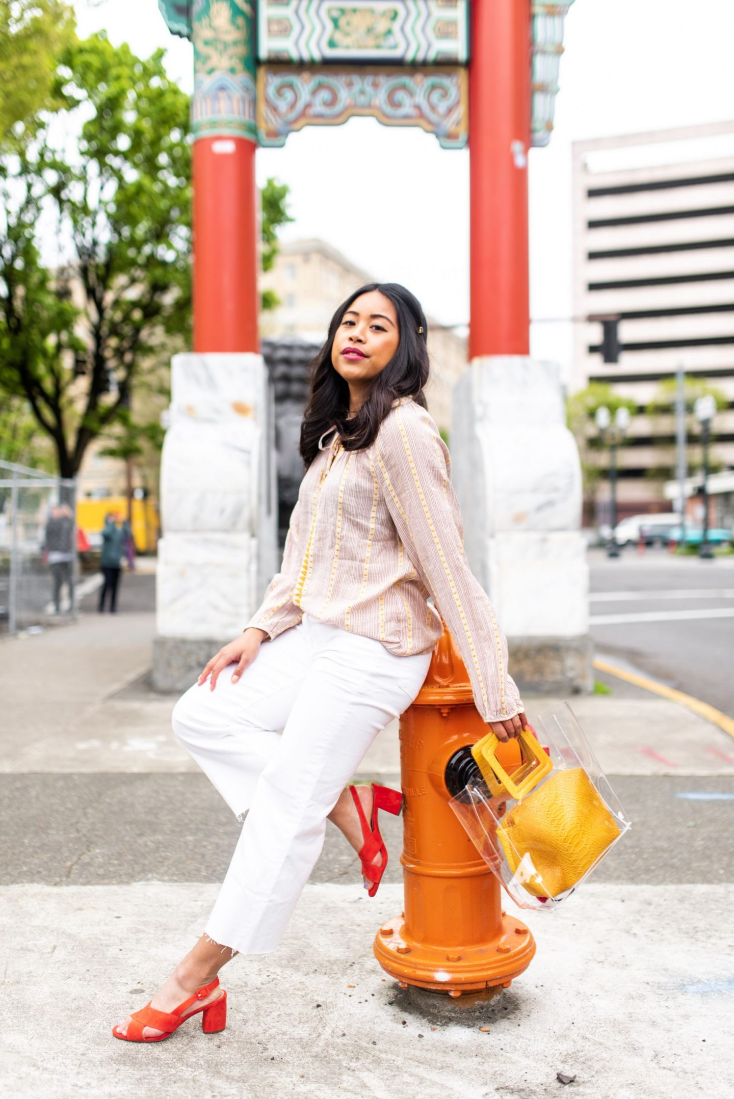Emma's Edition – Chinatown Gates – Portland Oregon – Seattle Blogger – Petite Blogger – Petite Style – how to style white cropped jeans