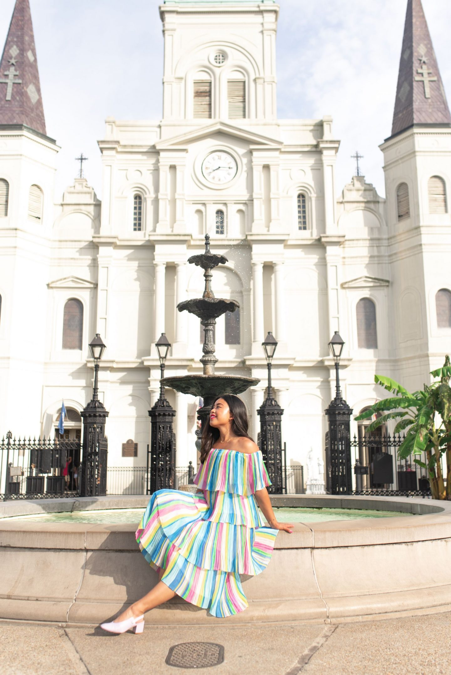 jackson square - Top photography spots in the French Quarter – photo locations New Orleans - Free places to take photos in New Orleans – best places to take senior photos in New Orleans – New Orleans photo shoot – French quarter photo shoot – best places to take photos in NOLA – photography spots in NOLA