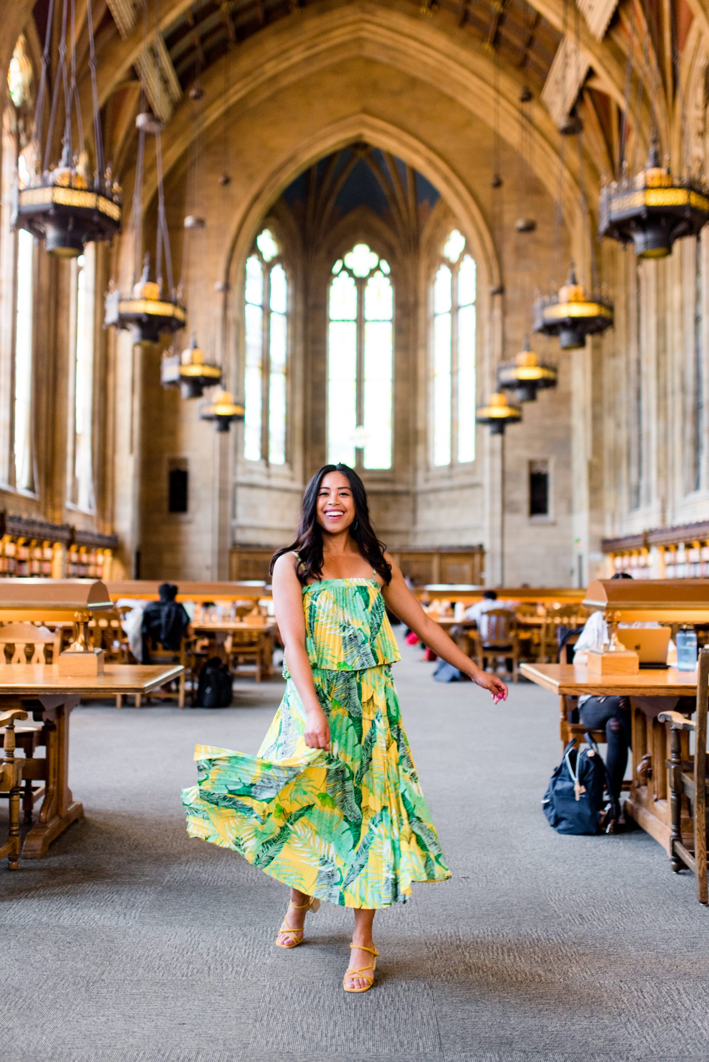 Emma's Edition – Seattle blogger – college blogger – college style – Suzzallo Library
