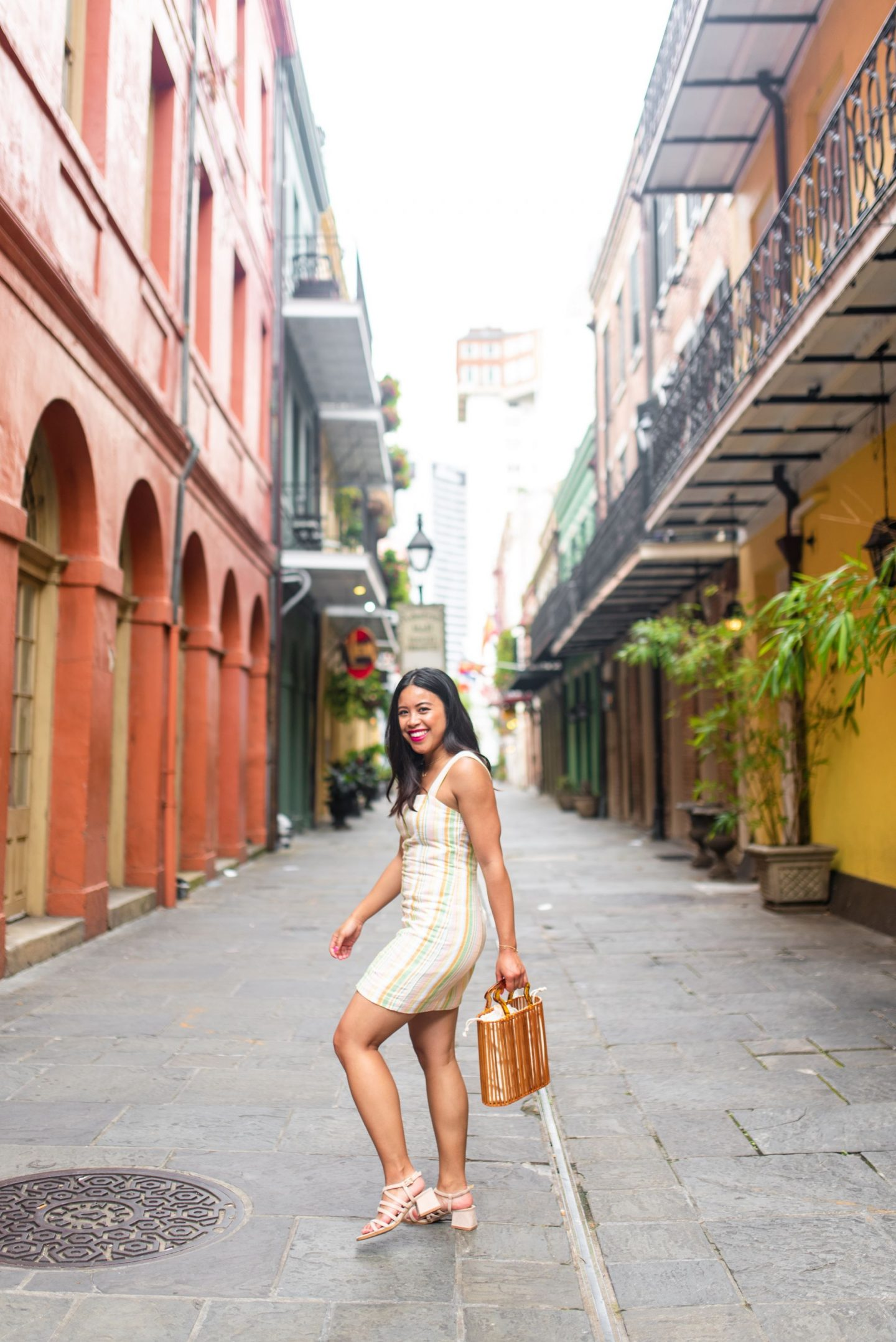 Top photography spots in the French Quarter – photo locations New Orleans - Free places to take photos in New Orleans – best places to take senior photos in New Orleans – New Orleans photo shoot – French quarter photo shoot – best places to take photos in NOLA – photography spots in NOLA