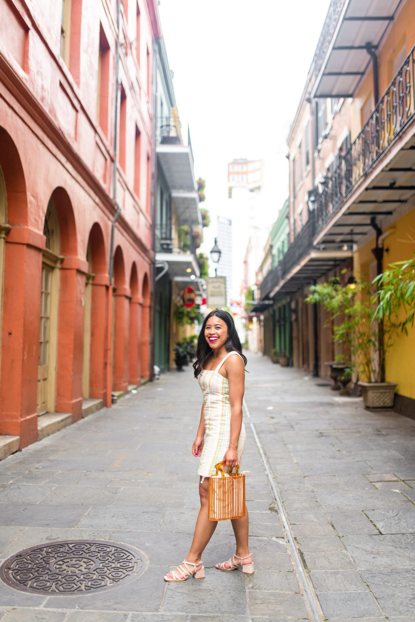 Top photo spots in the French Quarter, photo locations New Orleans, Free places to take photos in New Orleans, best places to take senior photos in New Orleans, New Orleans photo shoot, French quarter photo shoot, best places to take photos in NOLA, photography spots in NOLA, Emma's Edition, Travel blogger, Seattle blogger, Travel style, Visit New Orleans