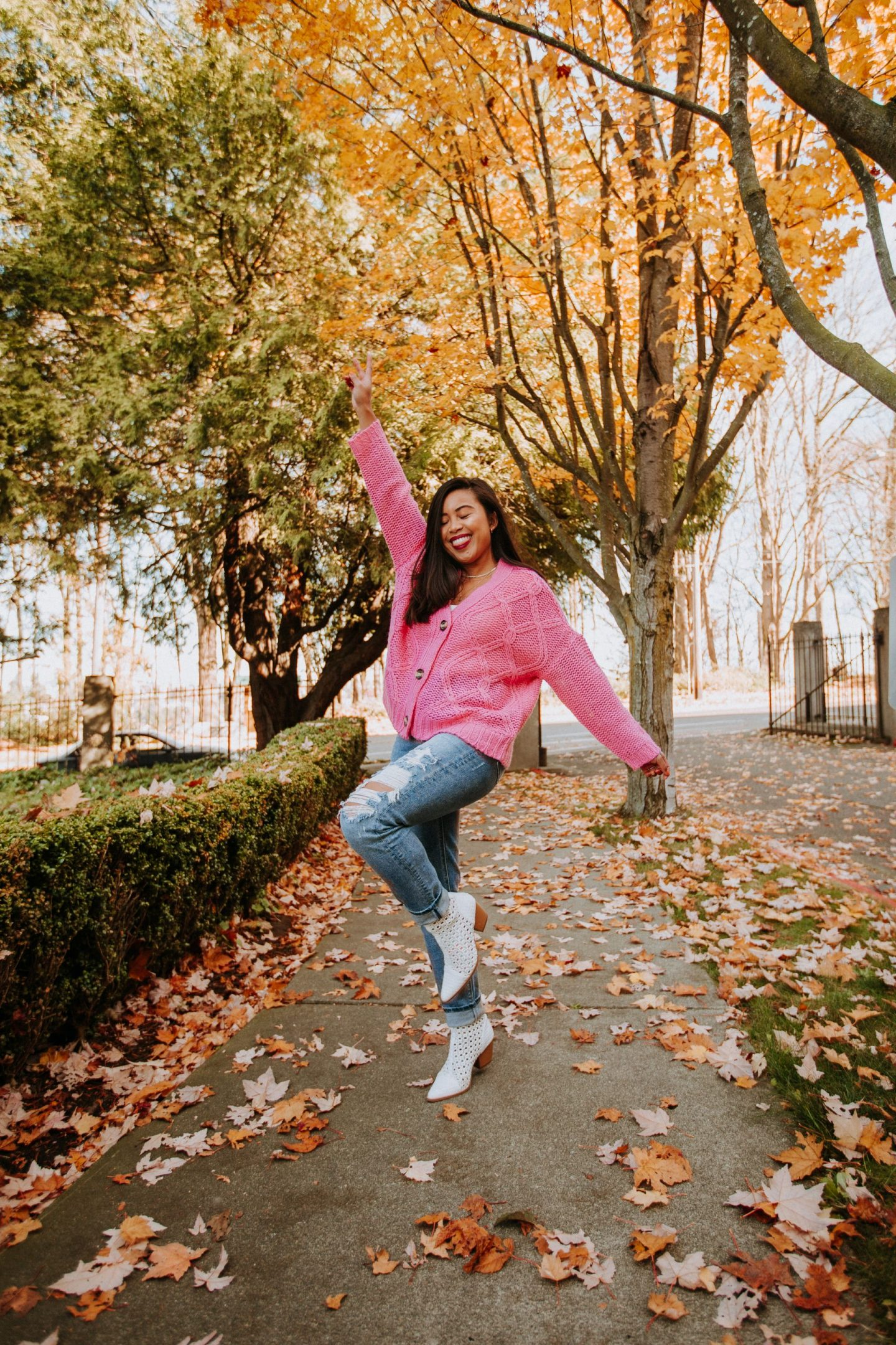 Pink Sweater Outfit - Fall trends
