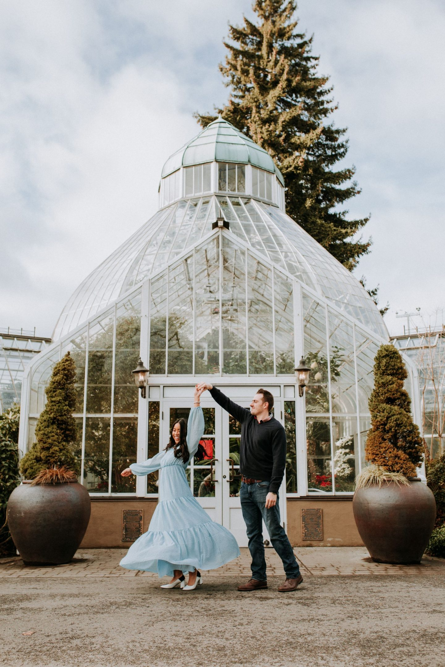 Engagement Photo Shoot Ideas - Tacoma Washington - Tacoma Weddings - Seattle Weddings - PNW Bride - PNW weddings