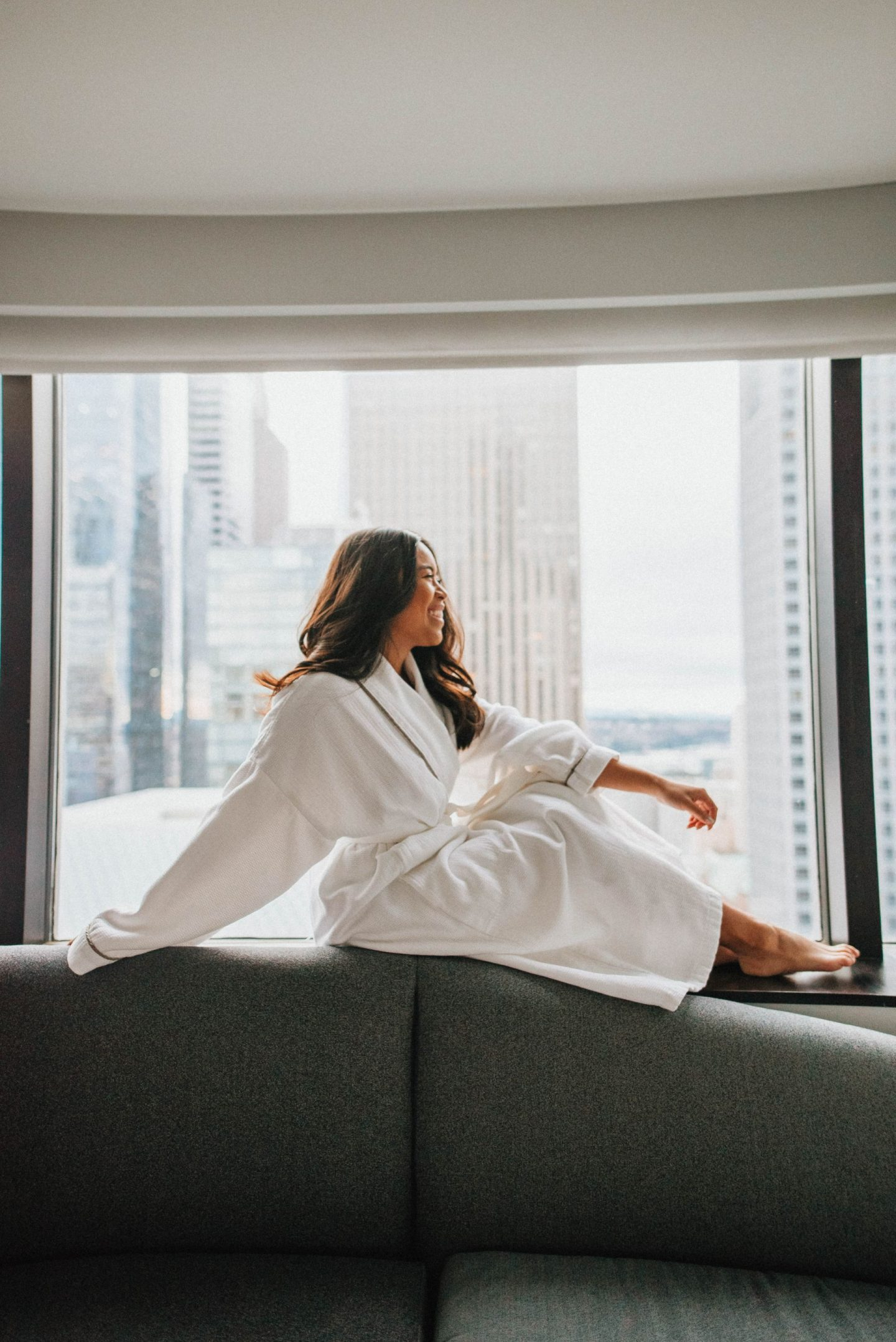Brunch in bed - Emma's Edition - hotel photo ideas - hotel photo shoot