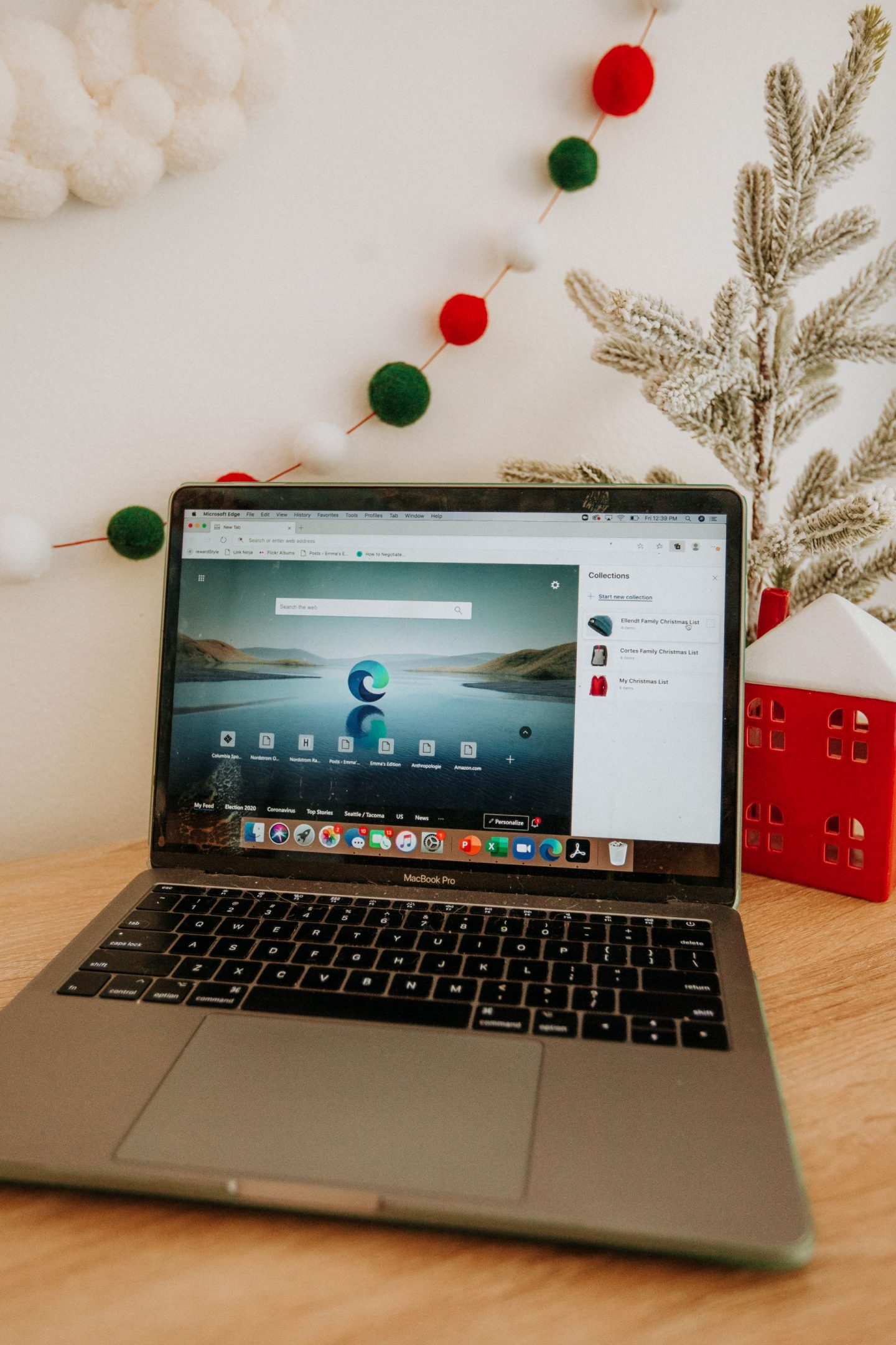 Online shopping this holiday season – tips for Christmas shopping – online shopping tips for the holidays – how to shop online for the holiday season with Microsoft Edge – image from www.emmasedition.com – copyright @emmasedition