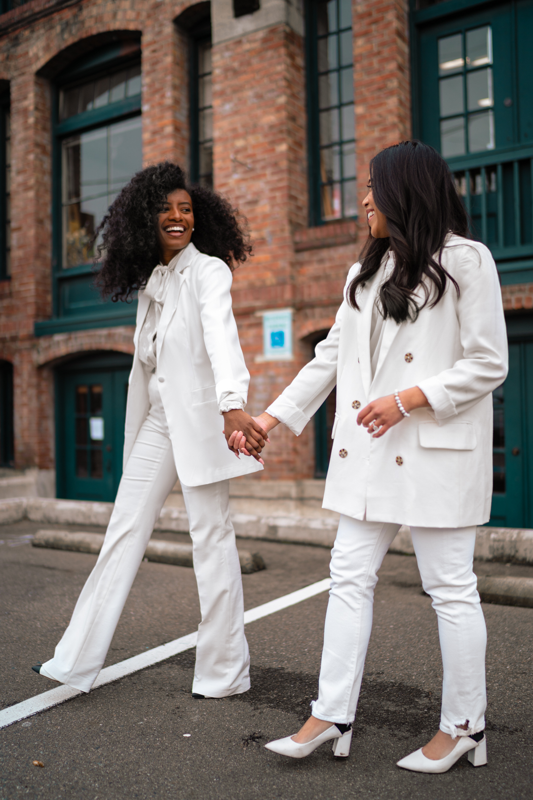 best friend photo shoot ideas - Inauguration Day 2021 - Kamala Harris inspired outfit - Women in White Suits - image from www.emmasedition.com - copyright @emmasedition
