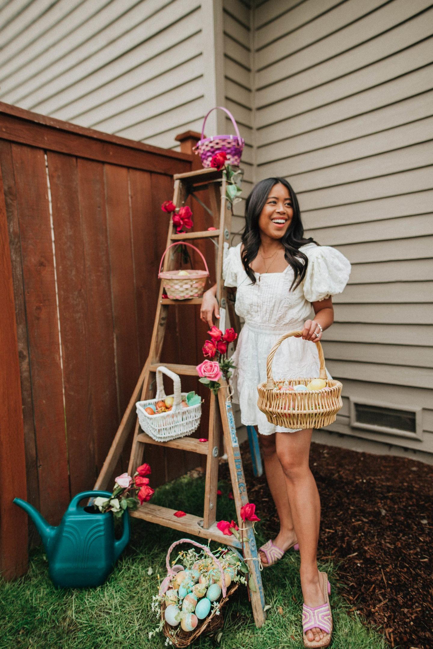 Ladder photo shoot idea - Easter posing ideas - Easter baskets - Easter egg hunt - Easter photo shoot ideas - Easter dresses - Easter outfits - image from www.emmasedition - copyright @emmasedition