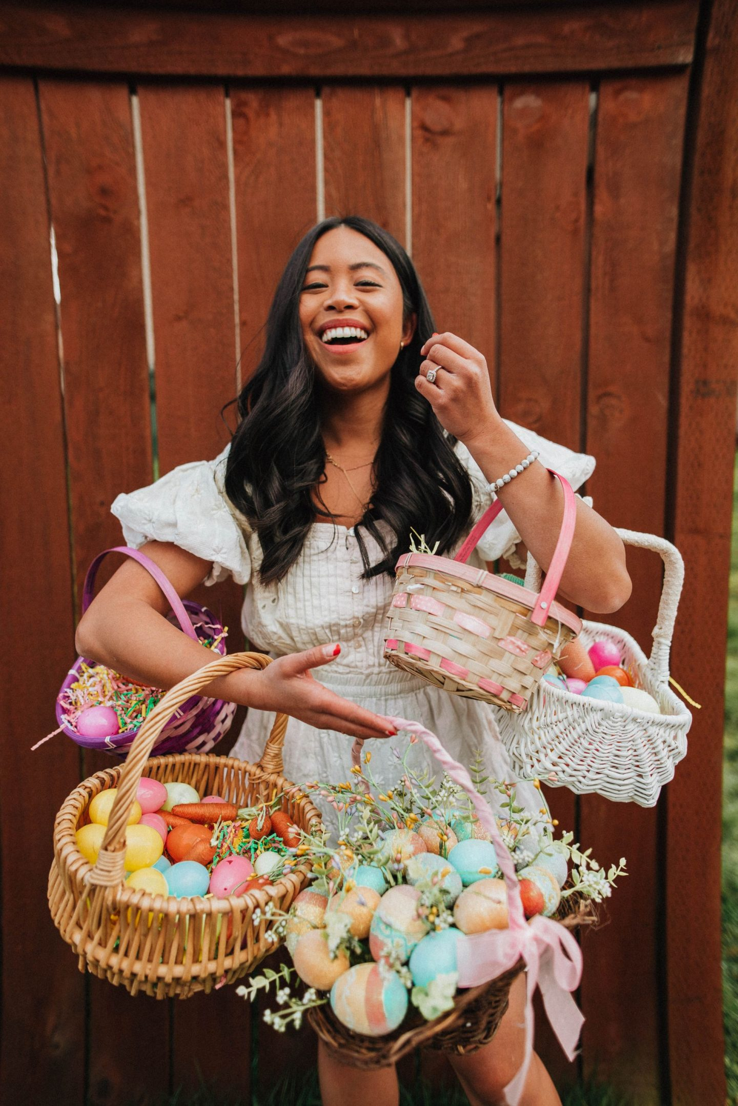 Easter 2021  - Easter baskets - Easter egg hunt - Easter photo shoot ideas - Easter dresses - Easter outfits - image from www.emmasedition - copyright @emmasedition