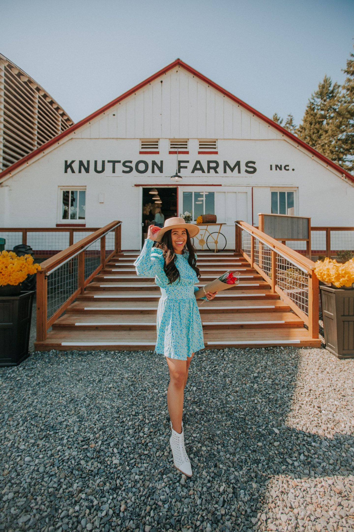 Knutson Farms - Sumner, WA - Emma's Edition - Spring outfit ideas for women