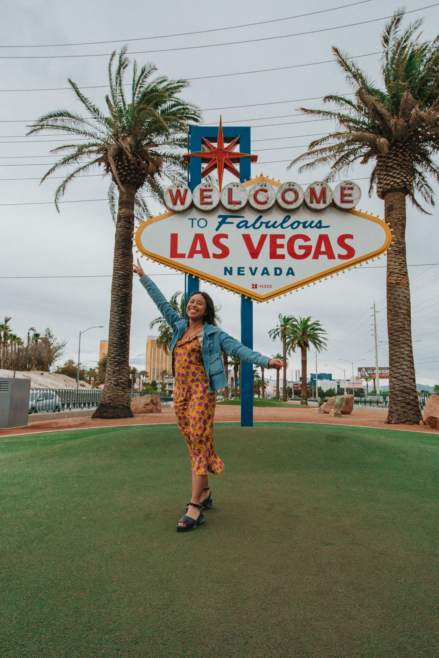 Most Instagrammable Places in Las Vegas – When in Vegas – Things to do in Las Vegas – Things to see in Las Vegas – 3 day Las Vegas weekend trip – spring Las Vegas vacation – image from www.emmasedition.com – copyright @emmasedition