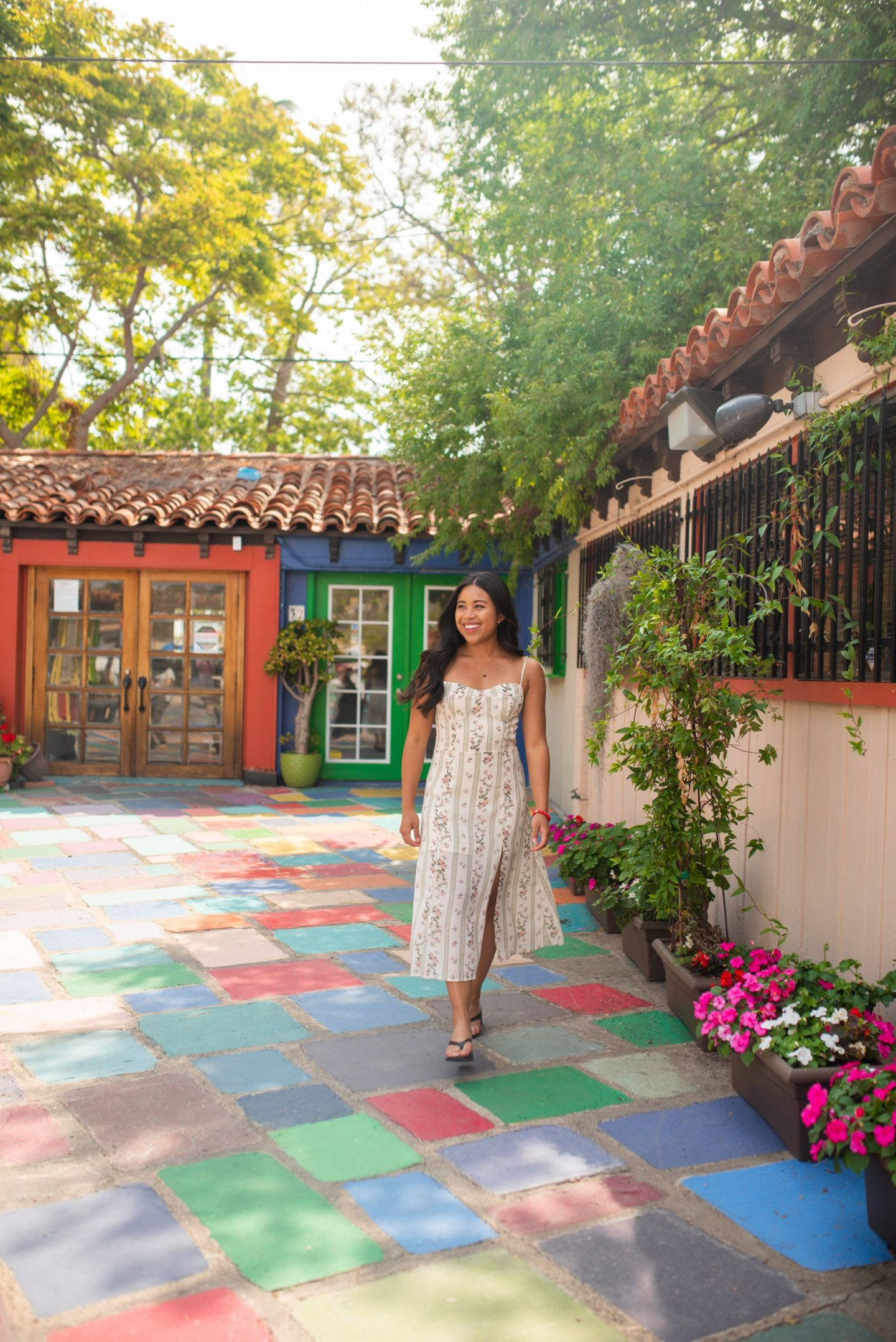 Spanish Village Center in Balboa Park - San Diego California - Things to See in San Diego - www.emmasedition.com
